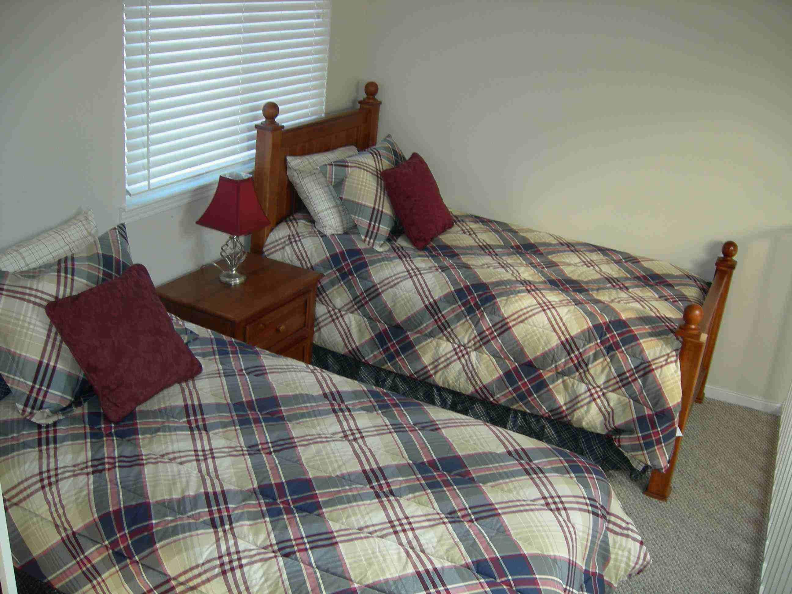 Twin Bedroom In Smoky Mountain Vacation Rental
